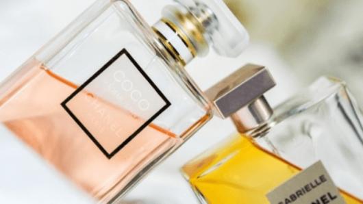 あなたの魅力を120%引き出す「香りの選び方」と「香りのまとい…
